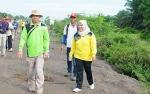10.000 Bibit Pohon Ditanam di Sepanjang Jalan Pangkalan Bun-Kotawaringin Lama