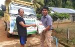 Terima Bantuan Beras, Warga Kinipan Ucapkan Terimakasih Kepada PT SML