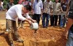 Bupati Barito Utara Sumbang Pembangunan Masjid Nurul Yakin