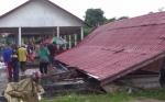 Penghujung Tahun, Dua Bangunan di Kotim Ambruk Diterpa Angin Kencang