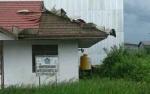 Kantor KUA Jelai Rusak Diterjang Puting Beliung