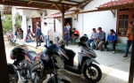 Puluhan Karyawan Sambangi Kantor PT BAK Tagih Gaji Dan THR