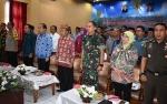 Jajaran Pemkab Kapuas Ikuti Video Conference dengan Gubernur Kalteng