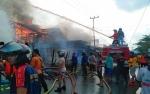 5 Bangunan dan 3 Motor Terbakar di Kapuas