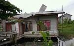 Dinas Sosial Sukamara Salurkan Bantuan untuk Korban Puting Beliung