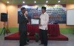Kelompok Tani Beri Penghargaan Anggota DPR Ini