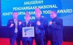 Gubernur Kalteng Terima Anugerah Adhitya Karya Mahatva Yodha