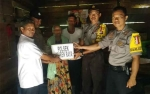 Polsek Jabiren Raya Bantu Janda Tua di Desa Tanjung Taruna