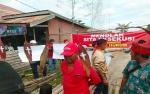 Warga Tolak Eksekusi Tanah di Adonis Samad