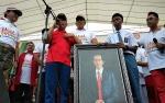 Gubernur Janji Kuliahkan Siswa SMAN 1 Gunung Mas Ini dari Uang Pribadi