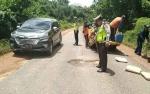 Kerusakan Ruas Jalan Trans Kalimantan Antara Kasongan dan Kereng Pangi Mulai Diperbaiki