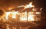 Dua Rumah dan Dua Motor Terbakar di Kapuas