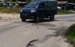 DPRD Gunung Mas: Perbaikan Jalan Dalam Kota yang Rusak Harus Cepat