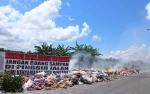 Truk Kebersihan Rusak, Sampah Numpuk di Jalan Padat Karya II Kumai