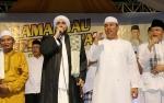 Ya Lal Wathon dan Indonesia Raya Jadi Penutup Acara Lamandau Bersholawat Bersama Habib Syech