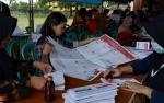 KPU Kobar Mulai Sortir dan Lipat 907.148 Surat Suara Pemilu 2019