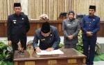 Lima Fraksi DPRD Setujui Raperda Retribusi Perpanjangan Izin Mempekerjakan TKA
