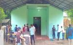 Warga Binaan Rutan Tamiang Layang Bersih-bersih Rumah Ibadah