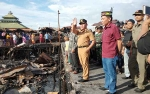 Gubernur Kalteng Tinjau Lokasi Kebakaran Kompleks Puntun