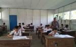 DPRD Kapuas Pantau Ujian Sekolah Berstandar Nasional SD di Pulau Petak