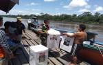 Anggota Kodim Muara Teweh Kawal Kotak Suara dari PPK ke Gudang KPU Murung Raya dan Barito Utara