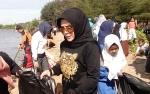 Pemkab Seruyan Senam dan Sarapan Bersama Warga di Pantai Sungai Bakau