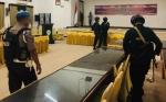 Personel Gabungan Sterilisasi Lokasi Rapat Pleno KPU Kotim