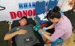 Sekda Kalteng Donor Darah di Hari Buruh