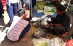 Jualan Gosok Panci Hasilkan Omzet Rp 500 Ribu per Hari