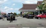 TNI - Polri Berjaga di Bandara Tjilik Riwut