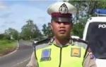Video Polisi Imbau Pengendara Hati-hati Saat Masuk Tikungan Tajam