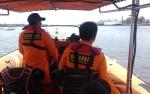 Personel Basarnas Diterjunkan Mencari Nelayan Hilang
