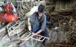 Perajin Keranjang Parsel Mulai Kebanjiran Pesanan