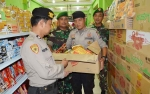 Ratusan Produk Makanan Kadaluwarsa Ditemukan di Muara Teweh