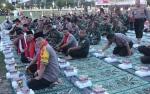 Kompak, TNI Polri Buka Puasa dan Salat Magrib Bersama di Palangka Raya