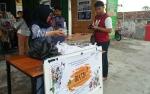 Komunitas S3 Seruyan Bagikan Takjil dan Makanan Gratis kepada Kaum Dhuafa
