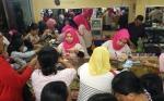 Jelang Lebaran, Masyarakat Sampit Berbondong-bondong Beli Emas