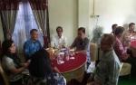 Bupati Gunung Mas Kunjungi Rumah Pejabat Merayakan Idul Fitri