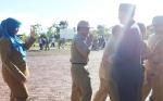 Bupati Sukamara Pimpin Apel Gabungan Hari Pertama Kerja