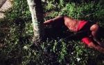 Ini Video Warga Amankan Pemuda Diduga Stres di Simpei Karuhei