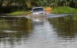Banjir Masih Rendam Jalan Desa di Kecamatan Tualan Hulu