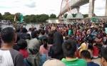 Masyarakat Berjubel Tonton Lomba Besei Kambe di Sungai Kahayan
