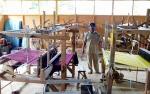 Desa di Barito Utara Ini Kembangkan Tenun Tradisional