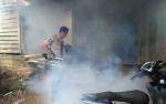 Sambut HUT Bhayangkara, Polsek Aruta Lakukan Fogging