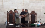 Wakil Bupati Kapuas Serahkan Dokumen Raperda Pertanggungjawaban APBD 2018 ke DPRD