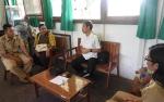 PT Menteng Kencana Mas Bantu SMPN 2 Maliku, Guru Honorer Berterima Kasih