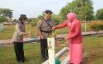 Kenang Jasa Pahlawan, Polres Kotawaringin Timur Ziarah Ke Taman Makam Pahlawan