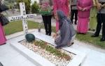 Polres Palangka Raya Dekatkan Diri dengan Masyarakat Melalui Ziarah ke Makam Pahlawan