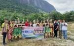 Kelompok Seni Kotawaringin Barat Tampil pada Gawai Dayak di Kalimantan Barat