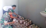 Babinsa Bukit Rawi Sambangi Pembudidaya Jamur Tiram